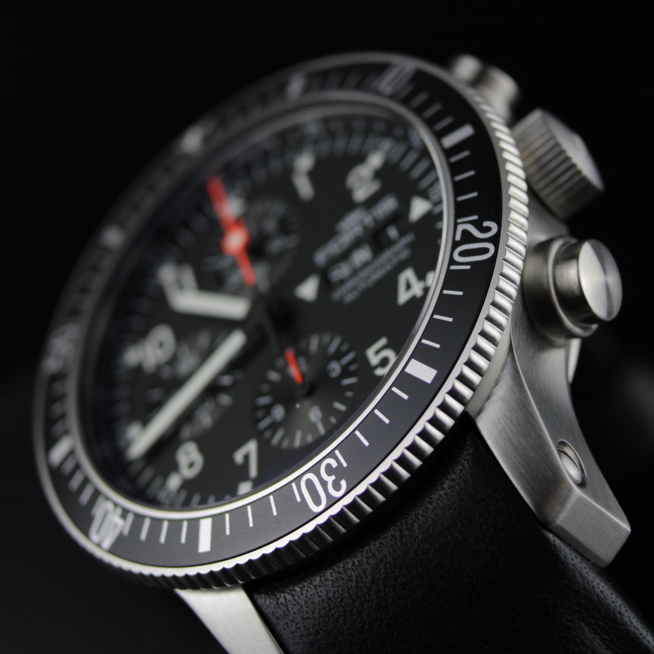 Fortis OFFICIAL COSMONAUTS CHRONOGRAPH, 638.10.11 mit  Lederband